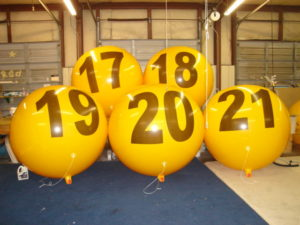 yellow color big helium balloons with numbers on the balloons-advertising air balloon